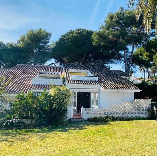 Ground Floor Apartment for sale in Nueva Andalucia, Marbella