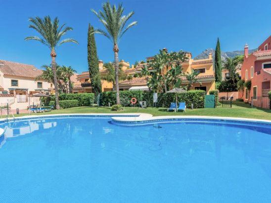 Semi Detached House for sale in Marbella Golden Mile, Marbella