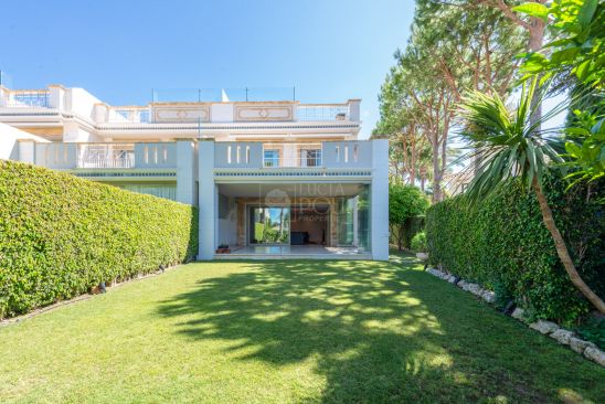 Pareado en venta en Marbella Golden Mile, Marbella