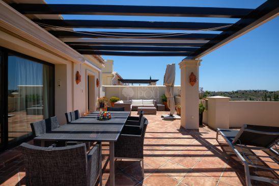 Atico Duplex en venta en New Golden Mile, Estepona