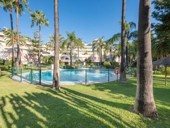 Duplex Planta Baja en venta en Marbella - Puerto Banus, Marbella