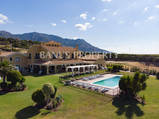 Casares, Andalusian style country house with equestrian setting 8-minutes from the coast of Casares