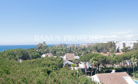 Marbella - Puerto Banus, 5th floor west facing studio apartment for sale in Medina Garden, Puerto Banús