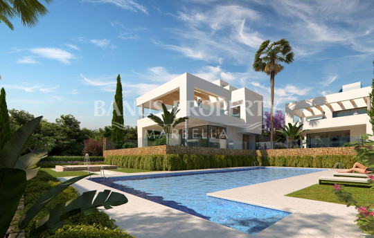 Marbella - Puerto Banus, Brand new four-bedroom villa for sale only five minutes' drive to Puerto Banús