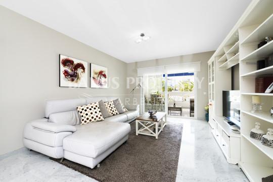 Marbella - Puerto Banus, 2 bedroom modern apartment in Las Gaviotas - Puerto Banus