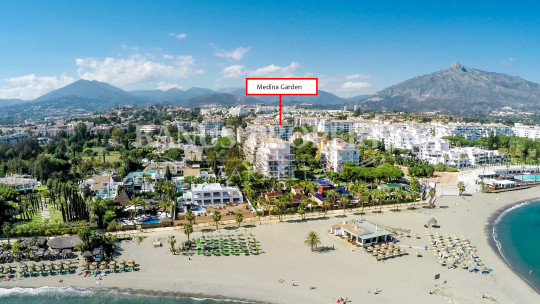 Marbella - Puerto Banus, Charming two-bedroom ground floor, west-facing apartment for rent in Medina Garden, Puerto Banús