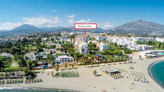Marbella - Puerto Banus, Moderno y renovado estudio en primera planta en venta en Medina Garden, Puerto Banus