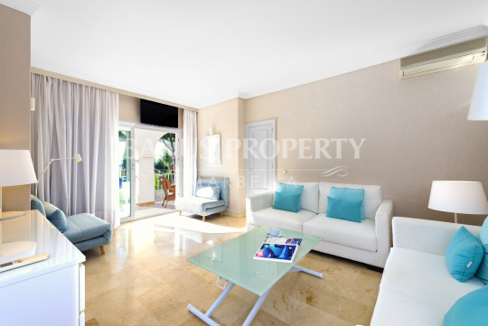 Marbella - Puerto Banus, 2 bedroom apartment, with sea views, in Andalucía del Mar a few minutes from Puerto Banús and the beach