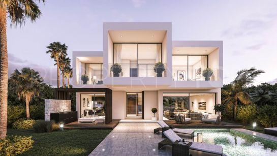 3 bedrooms villa for sale in New Golden Mile, Estepona