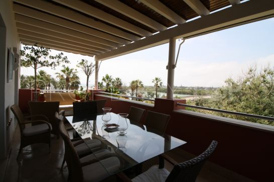 Apartment for sale in Marina de Sotogrande with 4 bedrooms