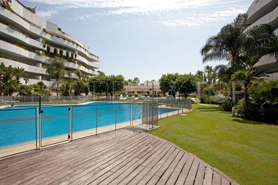 For sale 4 bedrooms penthouse in El Embrujo Banús, Marbella - Puerto Banus