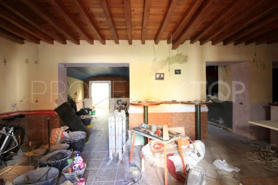 Town house for sale in Estepona Centro with 6 bedrooms
