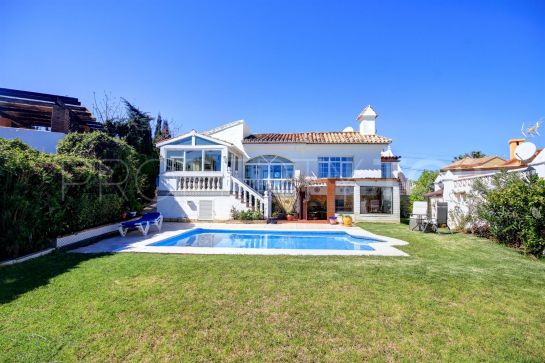 Villa for sale in Buenas Noches with 2 bedrooms