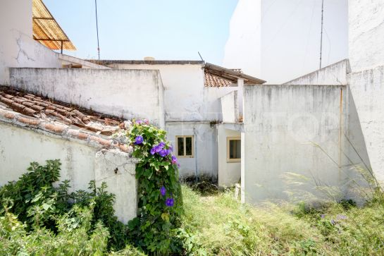 Estepona Centro town house for sale