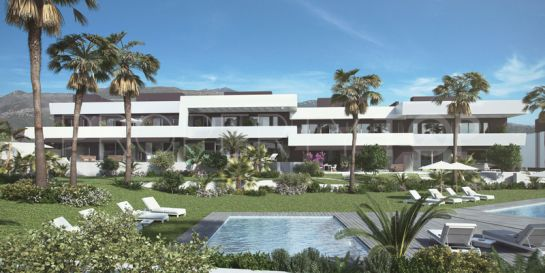 Town house with 4 bedrooms for sale in Cabopino, Marbella East