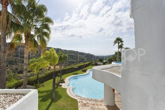 For sale 2 bedrooms apartment in Lomas de La Quinta, Benahavis