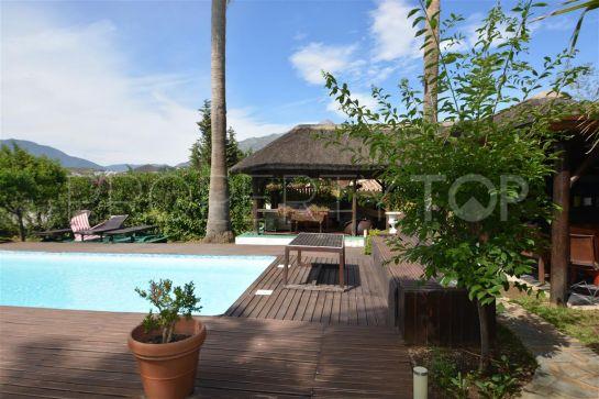 villa in las brisas with 5 bedrooms terra meridiana. Black Bedroom Furniture Sets. Home Design Ideas