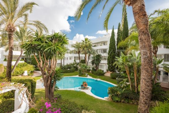 For sale Marbella apartment with 2 bedrooms