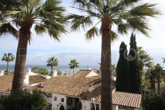Semi detached house with 3 bedrooms for sale in La Duquesa Golf | Campomar Real Estate