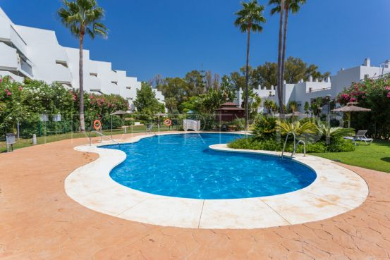 2 bedrooms Guadalmina Baja penthouse for sale   Villa & Gest