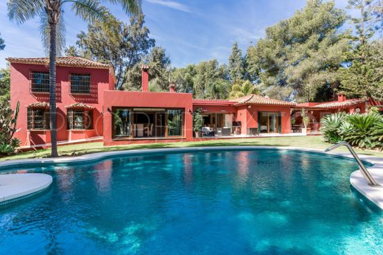 For sale finca in Valle del Sol with 6 bedrooms | Engel Völkers Marbella West