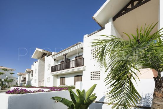 For sale apartment in Alcaidesa | Winkworth