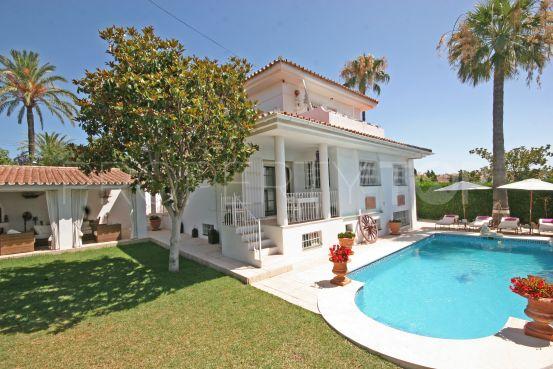El Pilar villa for sale | Winkworth