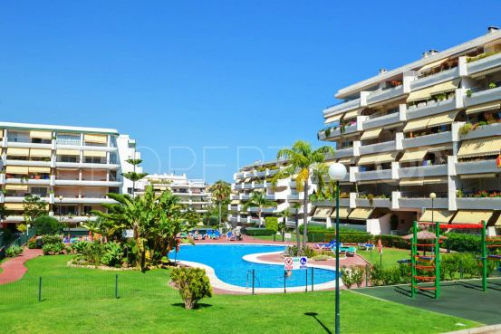 For sale apartment in Guadalmina Alta with 3 bedrooms | 1 Coast Property