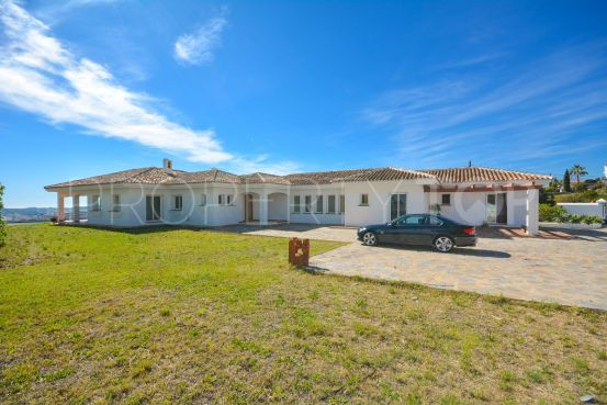 For sale villa in Mijas with 5 bedrooms | Your Property in Spain