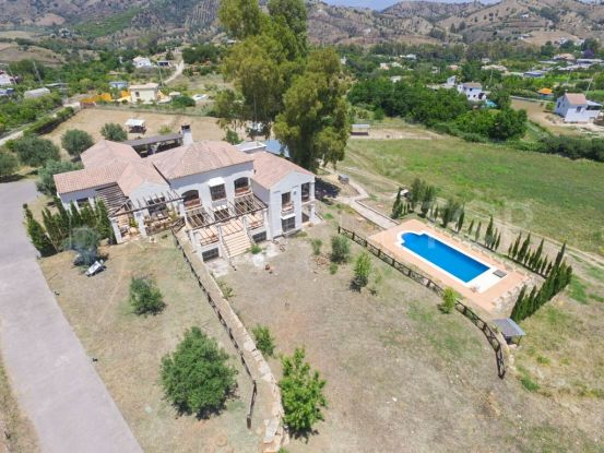 Finca with 6 bedrooms in Coin | Your Property in Spain
