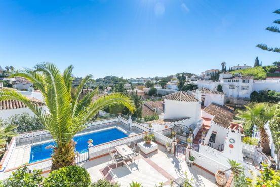 For sale villa with 6 bedrooms in Arroyo de la Miel, Benalmadena   Your Property in Spain