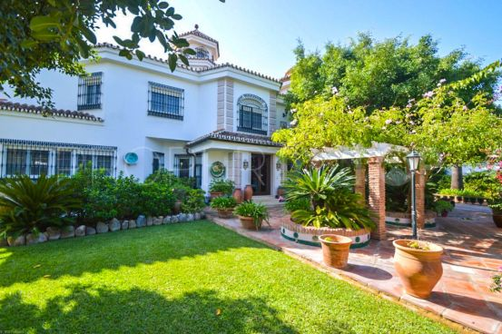 Villa with 4 bedrooms for sale in Malaga | Your Property in Spain