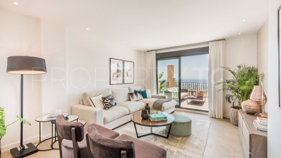 For sale ground floor apartment in La Alqueria, Benahavis | Quartiers Estates