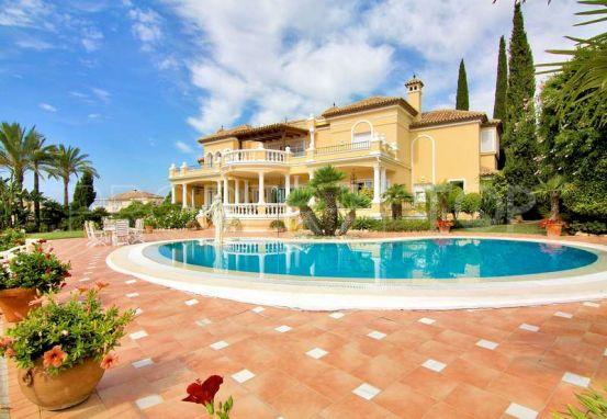 5 bedrooms El Paraiso villa for sale   Kara Homes Marbella