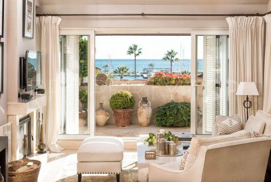 Sotogrande Puerto Deportivo 3 bedrooms penthouse | Consuelo Silva Real Estate