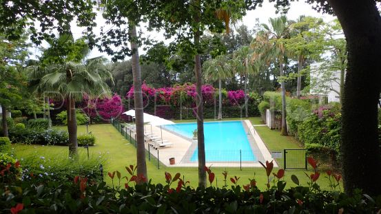 For sale Polo Gardens ground floor apartment with 4 bedrooms | Consuelo Silva Real Estate