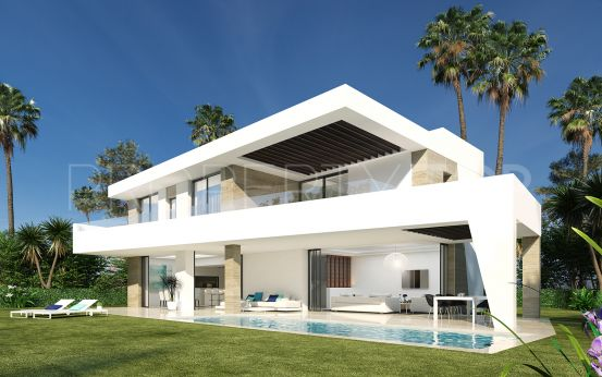 4 bedrooms villa for sale in New Golden Mile, Estepona | Amrein Fischer