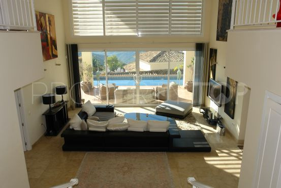 Villa for sale in Sierra Blanca Country Club with 3 bedrooms | Amrein Fischer