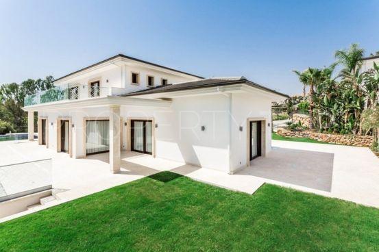 5 bedrooms villa in Supermanzana H for sale   Luxury Villa Sales