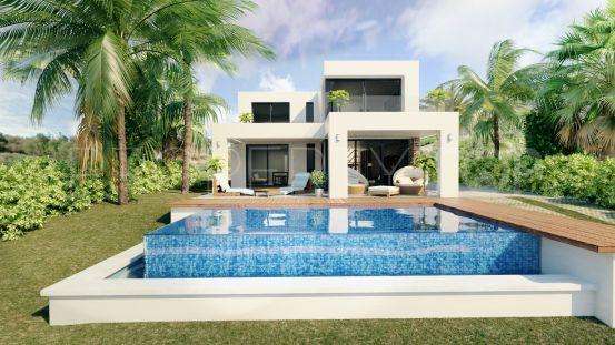 Villa for sale in Carretera de Mijas - Alta with 3 bedrooms | Villa Noble