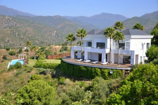 For sale Istan villa | Engel Völkers Marbella Golden Mile