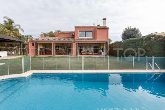 For sale villa with 4 bedrooms in S. Pedro Centro, San Pedro de Alcantara   Gilmar Puerto Banús