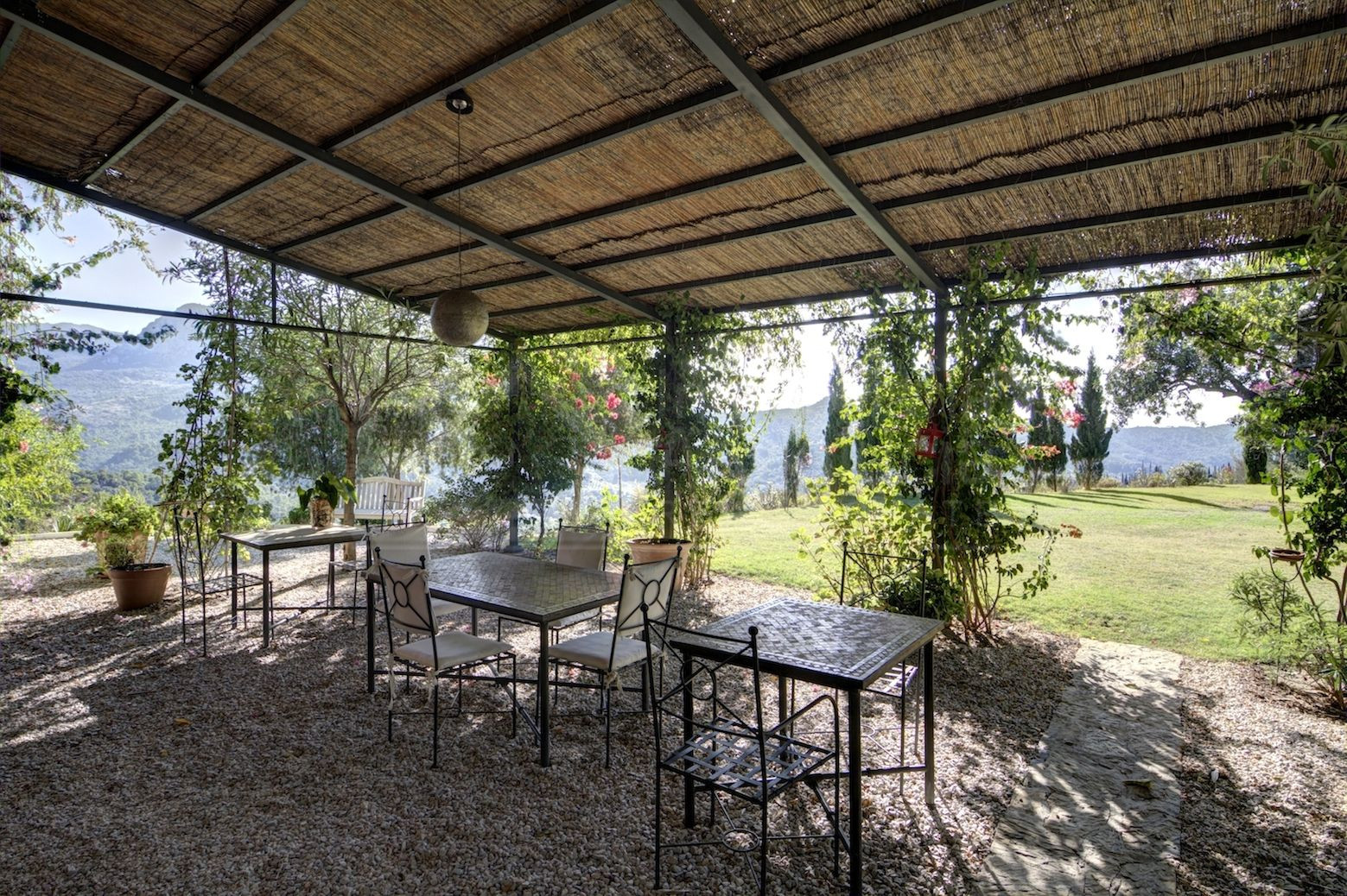 9 bed country house in idyllic setting for sale in Gaucin
