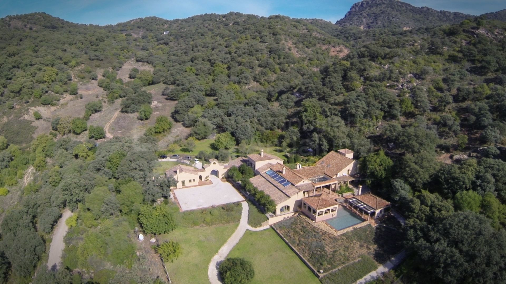Extremely private and peaceful 96.000m2 country estate for sale in Gaucin