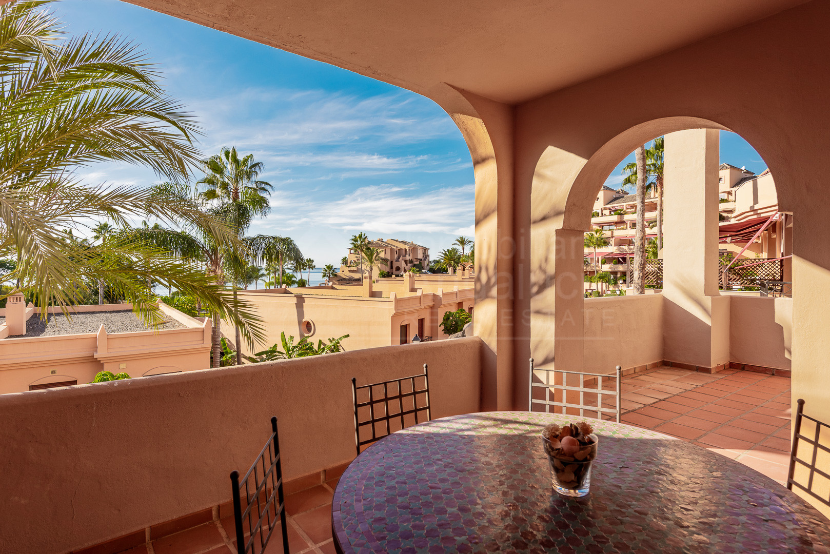 Enjoy the sea breeze from this stunning front line beach 3 beds apartment in Riviera Andaluza- Estepona