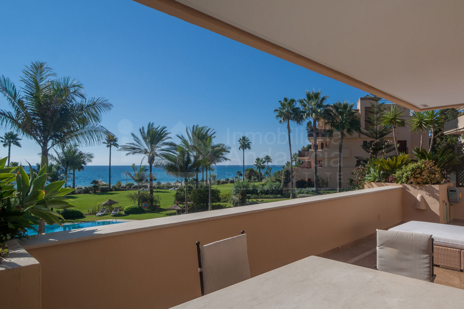 Contemporary two bedroom first floor south facing apartment with gorgeous views to the sea for sale in Costalita del Mar, Estepona