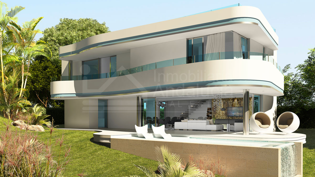 Avant grade south-facing villa for sale in frontline golf location in Estepona