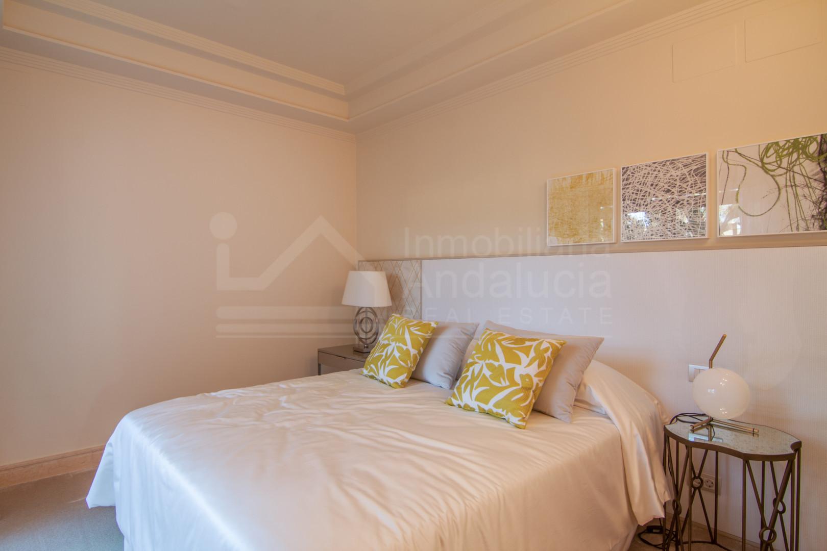 Three-bedroom apartment with spectacular sea views for sale in Los Granados del Mar, Estepona
