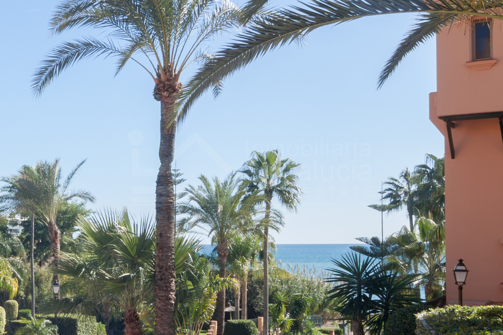 2 bedroom ground floor south facing apartment with sea views for sale in Riviera Andaluza, Estepona