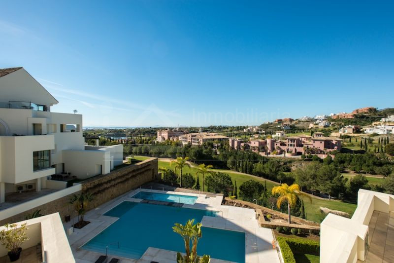 2 bed golf apartment for sale in Los Flamingos Golf Benahavis